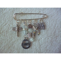 Clear Silver Diabetic Kilt Pin Brooch
